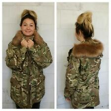 LADIES CAMOUFLAGE ARMY JACKET - FUR HOOD - VINTAGE FASHION - WOMEN'S - WINTER