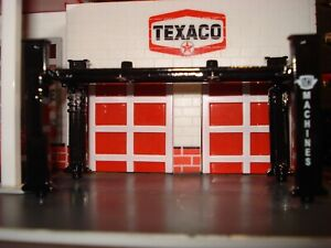 AUTO SERVICE LIFT FOR GAS STATION OR  JUNKYARD DIORAMA'S LIMITED EDITION 1/64 M2