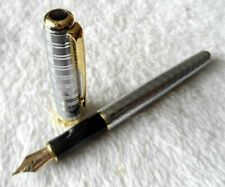 Good Parker Pen Sonnet Series Silver/Gold Clip 0.5 Medium Nib Fountain Pen