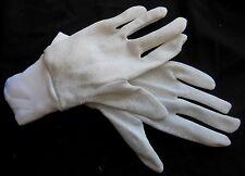 Ancienne paire de gants de femme vintage, linge ancien