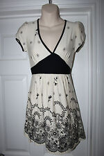 Ladies Black & Ivory Floral Dress Size 10 Stretchy Atmosphere