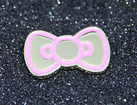 HELLO KITTY STYLE PINK/ METALLIC metal BOW pin