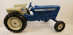 VINTAGE 1970's ERTL 1:16 SCALE DIECAST FORD MODEL 4600 FARM TOY TRACTOR