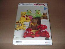 Simplicity Pattern 8442 Felt Stuffed Animals in 2 Sizes Frog, Bear, Cat, Dog Unc