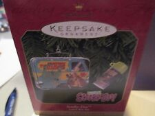"""HALLMARK """"SCOOBY-DOO LUNCH BOX SET""""  SET of  2 ORNAMENTS  dated 1999"""