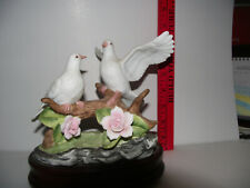 """The San Francisco Music Box Co. / Two White Doves Plays """"Wind Beneath My Wings"""""""