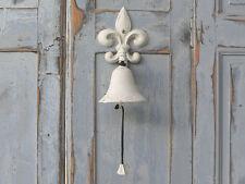 Türklopfer und-glocken aus Metall