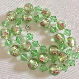 Vintage Venetian Murano Green Encased Foil & Wedding Cake Roses Glass Necklace
