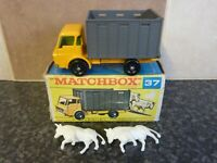 VINTAGE LESNEY MATCHBOX SERIES No.37 CATTLE TRUCK BOXED VGC