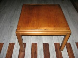Vintage Lane Mid Century Modern Solid end table model 1590 17,