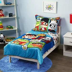 Ryan's World 4 Piece Toddler Bedding Set w/Reversible Quilted Bedsread