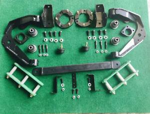 "Nissan Navara D40  4x4 2.5""-3"" Inch Lift Kit"