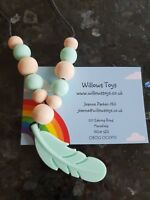 Green Silicone Feather Teething Necklace with Silicone & Wooden Beads