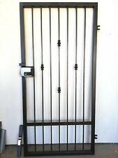 Cancello pedonale in ferro pieno