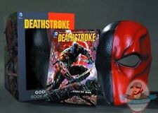 Dc Comics Deathstroke Book and Mask Set