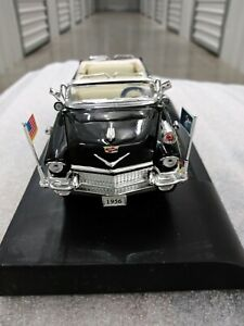1956 Cadillac U.S Presidential Limousine Convertible. ADULT TOY.  1:32 SCALE