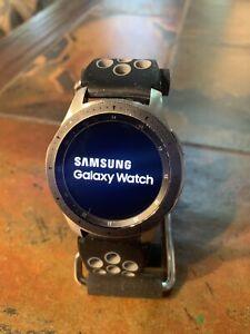 Samsung Galaxy Watch SM-R800 46mm Case Classic Buckle Wristwatch Silver/Black