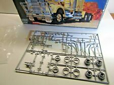 Revell 1:25 Scale Kenworth T900 Australia Grey Sprue only as pictured incomplete