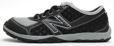 NEW BALANCE KIDS MINIMUS TRAIL KT20BSG BLACK/SILVER (msrp: $60)