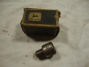 NOS John Deere R48979 Guide selective control valve 1520 4320 3020 1020 2020