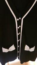 Wunderschöne weiche Strickjacke mit Wolle Gr. M