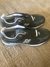 sale retailer d9179 5496a Men s New Balance 993 Running Shoes Sneaker Size 11 D Green And White Made  USA