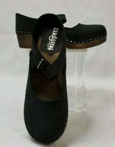 Sandgrens Handmade Wooden Closed Back Clogs, Black, Size 7.5 EU 38