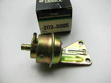 Rochester 4BBL Carburetor Choke Pull-Off (Secondary) 1980 GM 305 Carter 202-3005