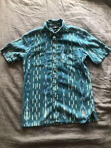 VOLCOM Boys Size Youth 12 Green Button Down Short Sleeve Shirt