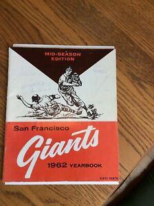 S F GIANTS MID SEASON YEARBOOK 1962 W/6 AUTOGRAPHS  MARICHAL DRYSDALE WILLS