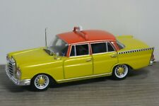 Mercedes 220SE Saloon Taxi - Vitesse 1:43 *37695