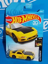 Hot Wheels 2018 Nightburnerz Series #16 '95 Mazda Rx-7 Yellow w/ Trim Defect