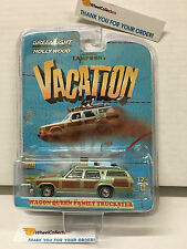 Wagon Queen Family Truckster * Vacation Lampoon's * Greenlight Hollywood 12 YB2