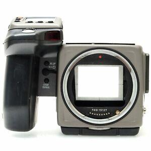 Hasselblad H2 Digital Medium Format Camera Body with HM 16-32 Film Back