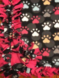 Handmade FLEECE TIE-BLANKET Reversible Paws Dog Cat Animal 58 x 54 - 2 lyr