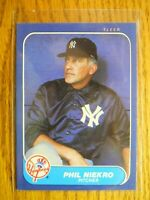 1986 FLEER CARD # 112 PHIL NIEKRO