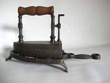 Älteres Bügeleisen aus Bronze Messing 15cm lang 15 cm hoch 1,1kg wohl 19. Jhr.