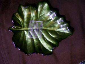 Arada Handpainted Candy dish Green Leaf