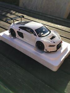 AUTOart 1/18 Audi R8 FIA GT3 Gloss White