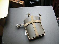 (wb4) WW 2.  water bottle, canvas cradle. brass buckles CN/AA/0576  ???ploy1935