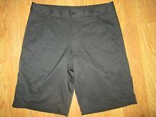 Mens Fila Golf shorts sz 32