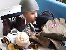 NVA inclure équipements militaires, à gaz, varnamo boots, Sac à dos, casque