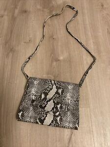 Damen Handtasche/Clutch in Schlangenlederoptik
