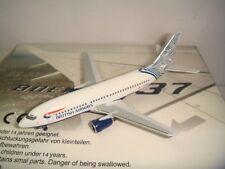 "Aeroclassics 400 British Airways BA B737-300 ""Nami Tsuru - Waves & Cranes"" 1:400"