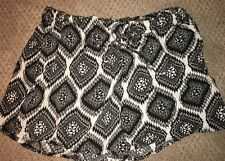Fun Rue 21 Tribal Print shorts Sz Xl Preowned