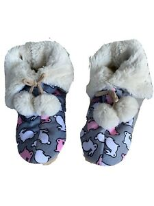 PJ. Couture Unisex Sized M 7-8)  White Gray Pink Rabbits Slippers Soft
