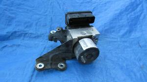 2010-2011 Ford Focus 2.0L Abs Anti-Lock Brake Pump Module Controller Assembly