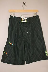 BENCH KNEE LENGTH STRIPE PATTERN BOARD SHORTS WITH SIDE POCKET HOLIDAY SUMMER