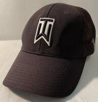 Nike Tiger Woods Collection VRS 20XI Flexfit Baseball Cap Hat Black Mesh