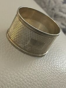 Vintage / Antique Hallmarked Napkin ring almost 1 ounce